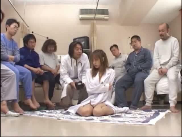 ナイトの診察室で卑劣な医家たちの玩具にされる魅惑の女先生・・・・・・!-